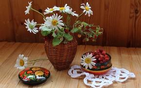 Picture chamomile, bouquet, strawberries, vase, still life