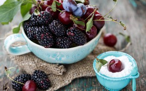 Picture cherry, berries, fruit, powdered sugar, mulberry