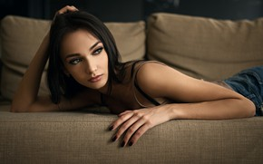 Picture girl, green eyes, long hair, photo, photographer, model, beauty, bokeh, lips, jeans, face, brunette, couch, …