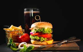 Picture leaves, glass, table, beer, bow, knife, Board, plug, black background, tomato, hamburger, bokeh, French fries