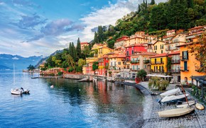 Picture the sky, clouds, trees, mountains, lake, shore, home, boats, Italy, Milan, Lake Como