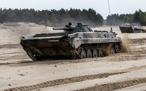 Picture combat, BMP-1, BWP-1, infantry machine