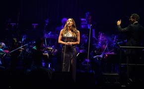 Picture Andrea Bocelli In Concert, Katharine McPhee, New York, Katharine McPhee