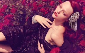 Picture barrette, red hair, red roses, supermodel, Sasha Pivovarova