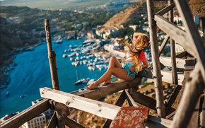 Picture freedom, girl, the wind, hair, shorts, view, height, legs