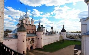 Picture the sky, clouds, bird, Church, temple, Russia, dome, Yaroslavl oblast, Rostov