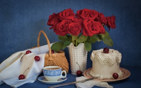 Picture cherry, roses, cake