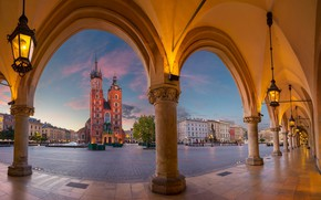 Wallpaper lights, Poland, Krakow, St. Mary's Church, Poland, columns, St Mary's Basilica, area, Main Square, Main ...
