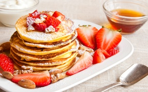 Picture berries, strawberry, nuts, pancakes, pancakes