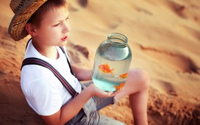 Picture sand, fish, hat, boy, Bank