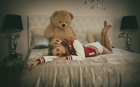 Picture look, girl, bed, bear, blonde, legs