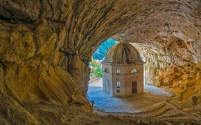 Picture Italy, Marche, the cave of Saint haven, the temple of Valadier