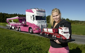 Picture look, girl, Girls, blonde, truck, Scania, vaseline, molel auto