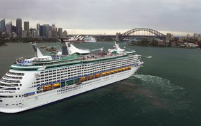 Picture The city, Liner, Sydney, The ship, Passenger liner, Boats, Explorer of the Seas