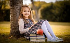 Picture books, Apple, girl