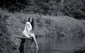 Picture water, girl, b/W, legs, the bridge, Lviv, Irene, Ivan Borys