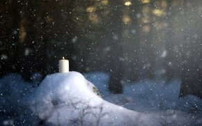 Picture forest, snow, candle