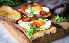 Picture food, Breakfast, bread, scrambled eggs, tomatoes, sandwiches, cutting Board