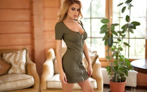 Picture model, look, pose, green dress, Margot