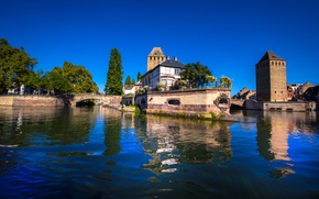Picture trees, river, France, home, bridges, Sunny, Strasbourg, the sky is blue