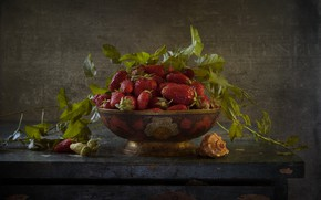 Picture leaves, shell, strawberry, berry, bowl