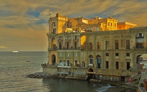 Picture sea, Italy, Naples, Palace of Donna Anna, The Palazzo Donn'anna