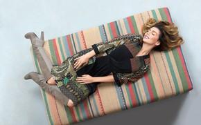 Picture smile, singer, Anna Sedokova