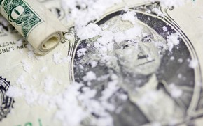Picture money, drug, cocaine