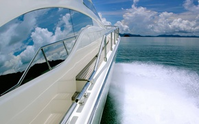 Picture sea, wave, clouds, mountains, speed, yacht
