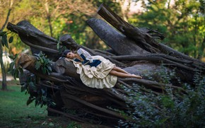 Picture girl, trees, stay, dress, Ludovica