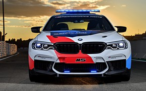 Picture front view, MotoGP, 2018, flashers, Safety Car, BMW M5
