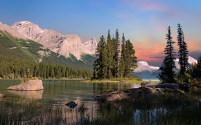 Picture Canada, Jasper National Park, Maligne Lake, Spirit Island