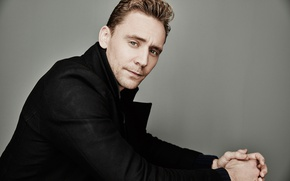 Picture look, background, portrait, jacket, actor, photoshoot, Tom Hiddleston, Tom Hiddleston, 2015, for the film, Maarten …