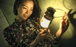 Picture face, smile, model, lamp