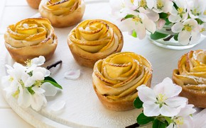 Picture flowers, cakes, Apple