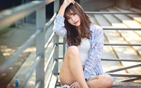 Picture girl, shirt, legs, Asian, Chang