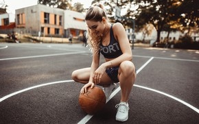 Picture girl, pose, shorts, the ball, makeup, Mike, hairstyle, blonde, basketball, sitting, sneakers, photoshoot, Playground, bokeh, …