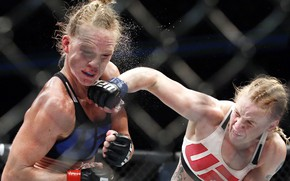 Wallpaper MMA, pain, UFC, female, Mixed Martial Arts, Sacrifice, technique, stroke, Valentina Shevchenko, Holly Holm