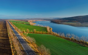 Picture road, autumn, lake, Moldova