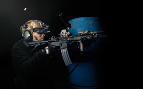 Picture weapons, soldiers, machine, shooting, sleeve, night vision binocular