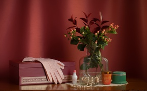 Picture box, bouquet, perfume, necklace, gloves, still life