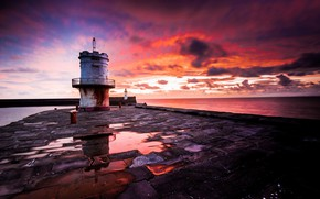 Picture sea, shore, lighthouse, England, United Kingdom, Whitehaven