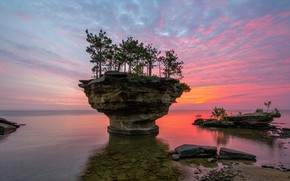 Picture sea, the sky, trees, sunset, stones, rocks, coast, horizon, glow, USA, Michigan, Pointe aux Barques