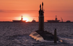 Picture the evening, submarine, warships