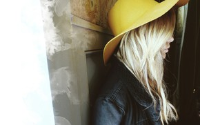 Picture hat, actress, yellow, Ashley Benson