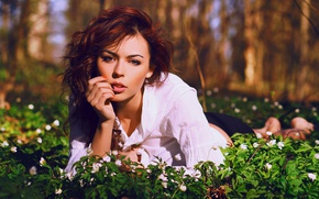 Picture grass, look, girl, flowers, nature, blouse, brown hair, manicure