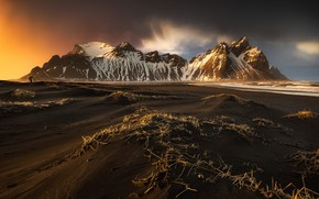 Wallpaper Iceland, mountains, beach, people, photographer