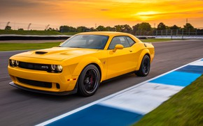 Picture Dodge, Challenger, racing track, 2018, Hellcat, SRT, Widebody