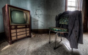 Picture room, TV, chair