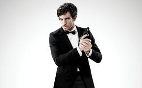 Picture cinema, gun, pistol, weapon, man, movie, film, Anacleto Agente Secreto